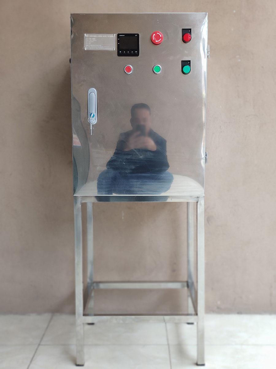 Máy bơm định lượng nước sản xuất sơn